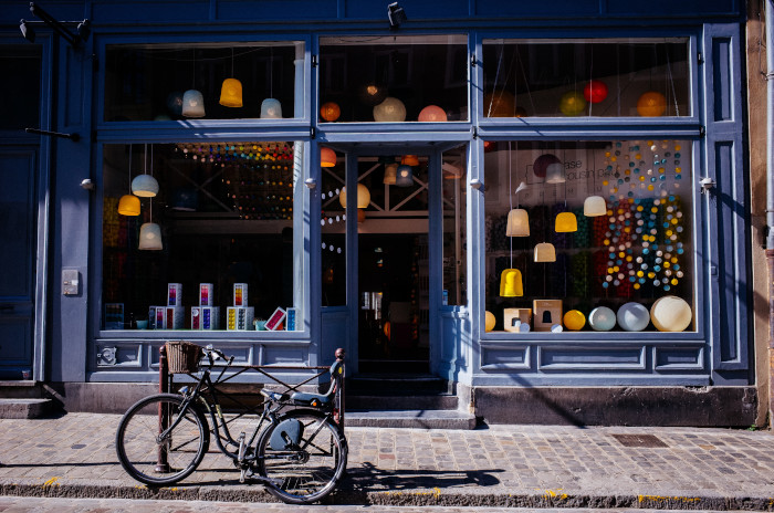 Now More Than Ever, Local Retailers Have a Desperate Need for Online Copywriters